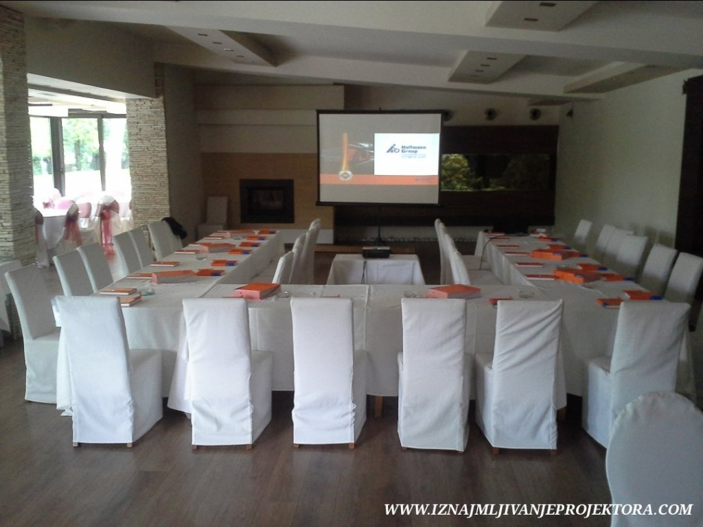 restoran kostuta prezentacija poslovna (2)