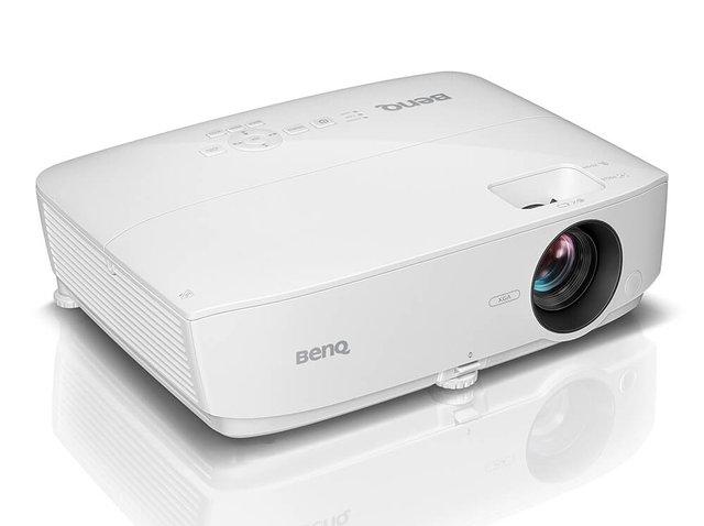 BenQ MX532 projektor prednja strana