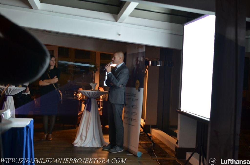 Iznajmljivanje projektora za poslovne proslave