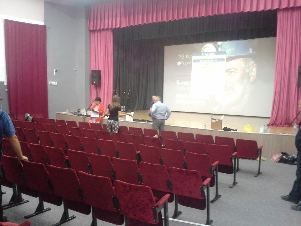 Dan rudara iznajmljivanje projektora
