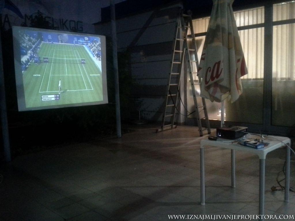 eko-pupmpa-projektor-za-utakmicu8