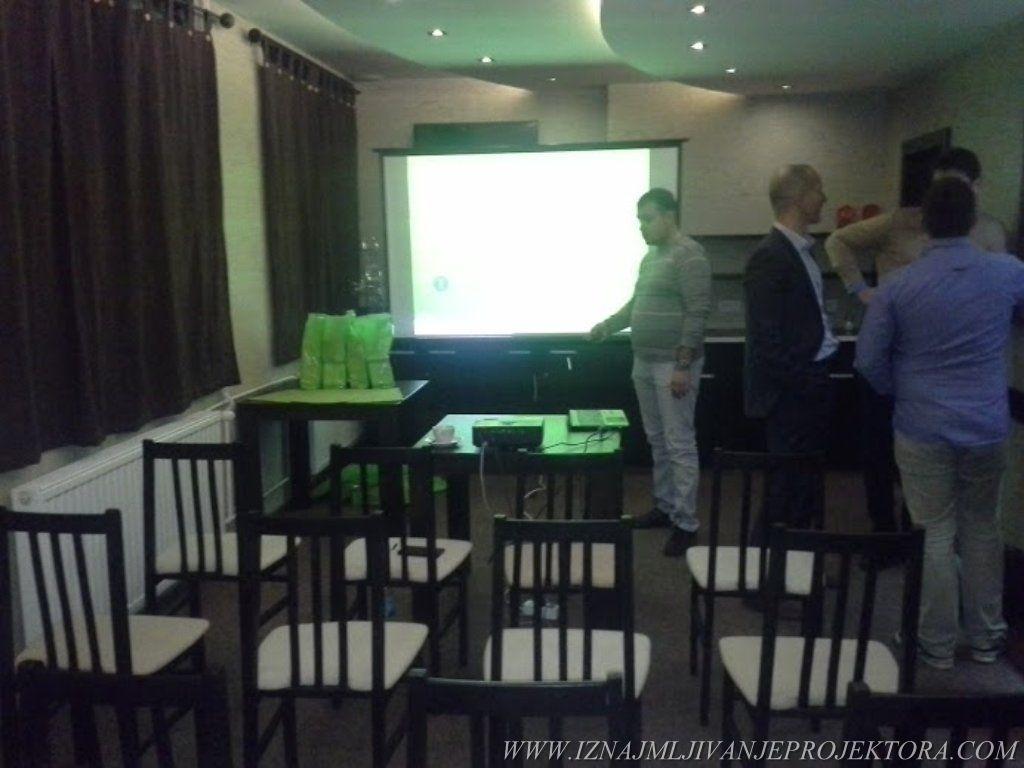 Promocija elektronskih cigareta – Rentiranje projektora Beograd