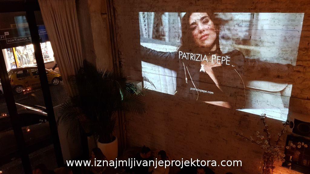 Iznajmljivanje projektora za promociju modne kolekcije Patrizia Pepe