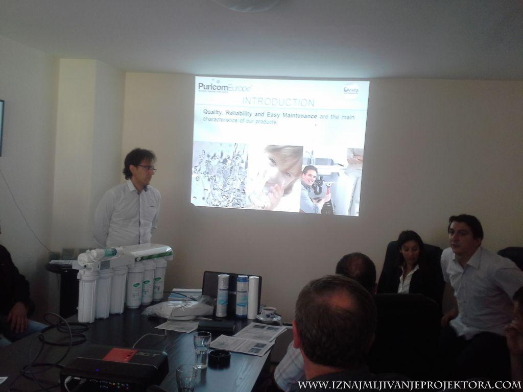 Iznajmljivanje projektora za poslovnu prezentaciju