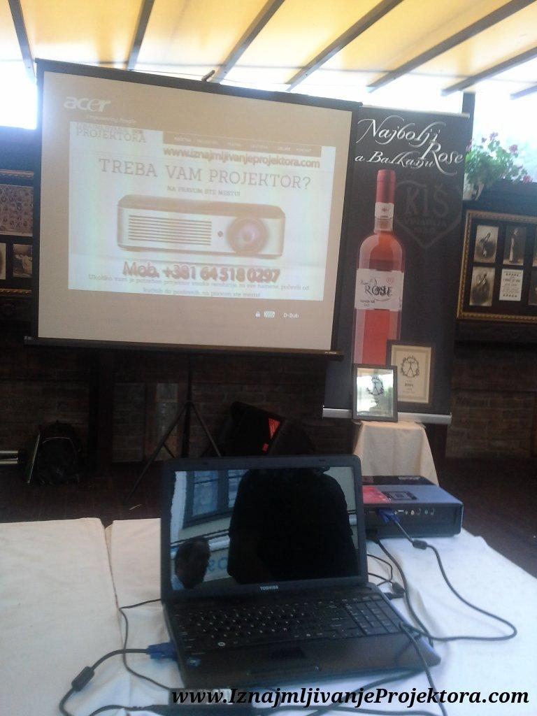 Iznajmljivanje projektora - promocija vina