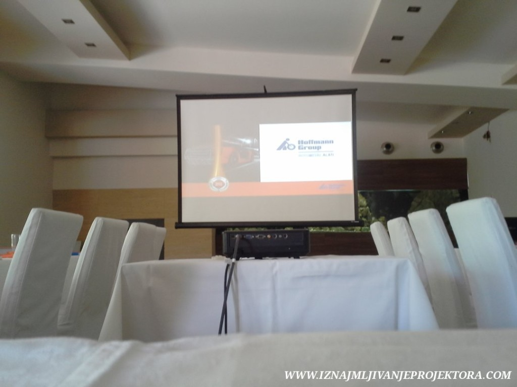 restoran kostuta prezentacija poslovna (5)