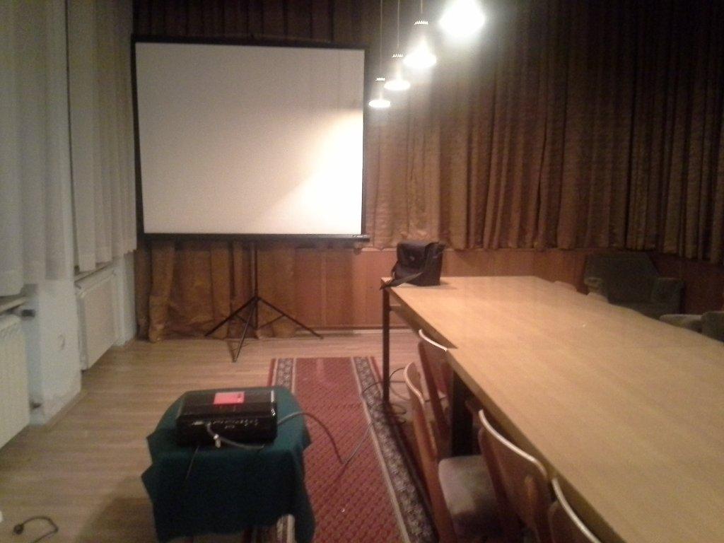 Iznajmljivanje projektora za poslovni sastanak